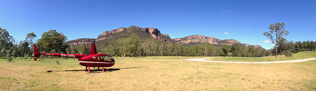 helicopter transfer from sydney to wolgan valley