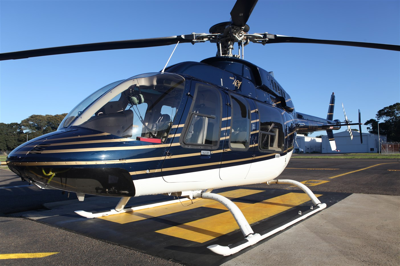 Bell 407 for corporate charter and executive transfers